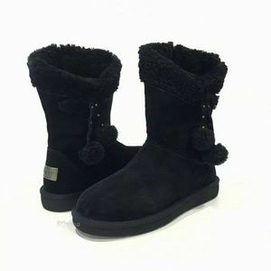 UGG Plumdale Cuff Short Winter Boot 6 NEW IN BOX